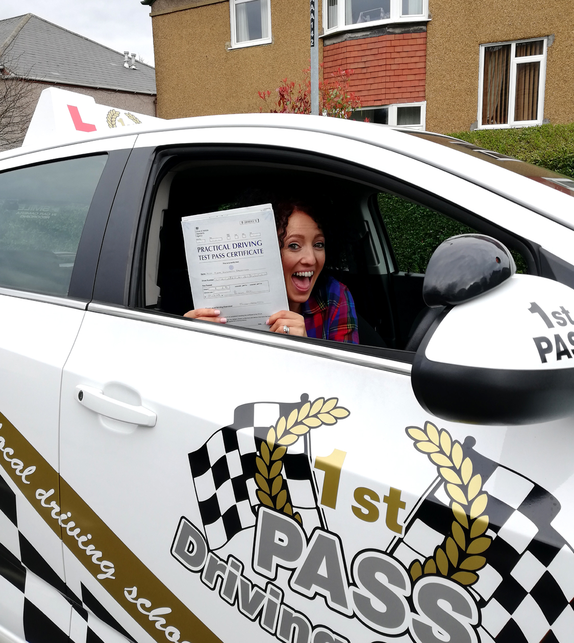 Fiona took driving lessons with 1st Pass Driving School – Renfrewshire's Automatic Driving School