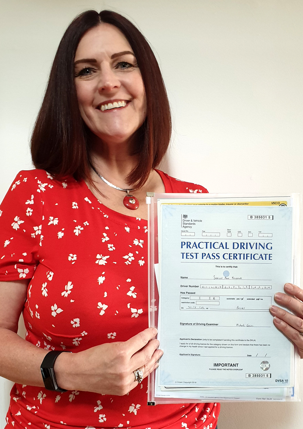 Shelly from Paisley took driving lessons with 1st Pass Driving School – Renfrewshire's Automatic Driving School